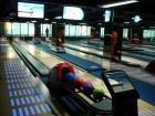 Katowice-Polsko: osmidráhový bowling MS KOMFORT + dotykové ovládací pulty